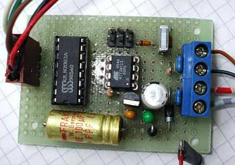 The hardware consists of the AVR processor ATtiny13, a six pin standard programming connection for